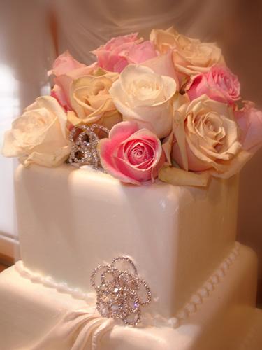 Haz Rental Cake Florals