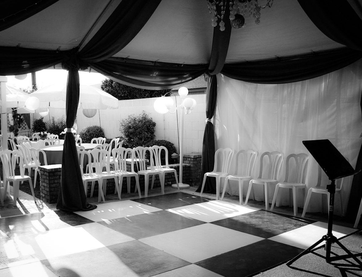 Haz' Black & White Dance Floor