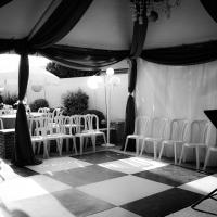 Haz' Black & White Dance Floor